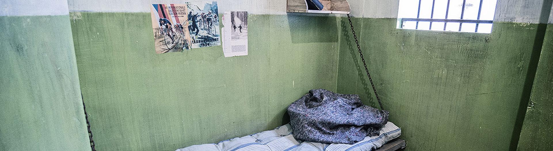 live escape room prison break n rnberg. Black Bedroom Furniture Sets. Home Design Ideas